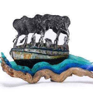 DETRAS DE CADA EXILIO HAY UN MONSTRUO, Objeto-raíz encontrada aguafuerte-resina,  35x50x17cm, 2018